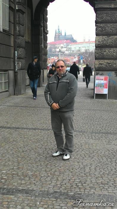 muž, 53 let, Kroměříž