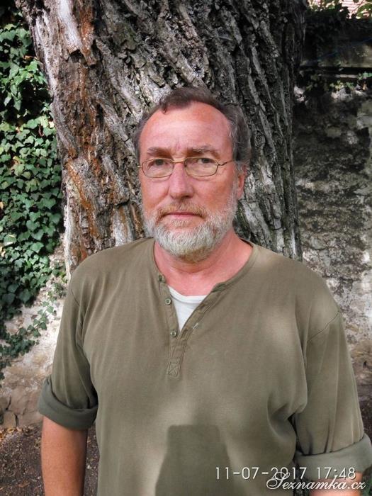 muž, 57 let, Beroun