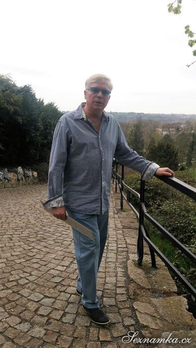 muž, 63 let, Praha