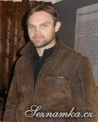 muž, 40 let, Trutnov