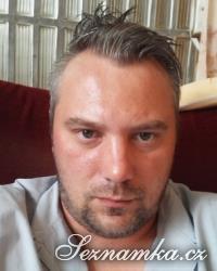 muž, 34 let, Hradec Králové