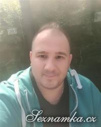 muž, 32 let, Mělník