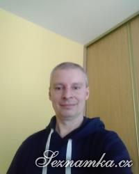 muž, 43 let, Praha