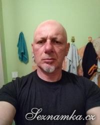 muž, 43 let, Chomutov
