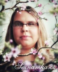 žena, 21 let, Slaný