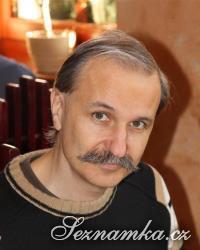 muž, 61 let, Praha