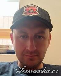 muž, 44 let, Hradec Králové