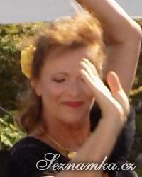 žena, 64 let, Praha