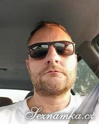 muž, 37 let, Hradec Králové