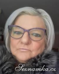 žena, 63 let,