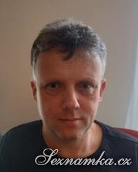 muž, 53 let, Semily