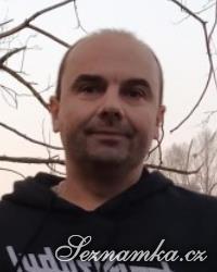muž, 48 let, Mělník