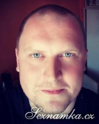 muž, 39 let, Kladno