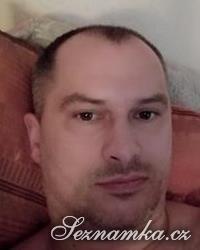 muž, 38 let, Benešov
