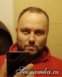 muž, 36 let, Semily